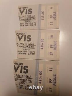 Elvis presley concert ticket stubs 3 consecutive seats. Last concert Indy